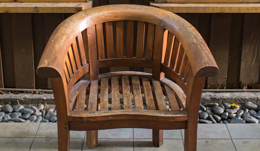 Seating Chair in passage way